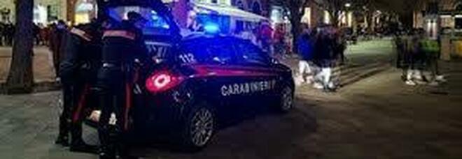 Maxi giro di droga davanti a scuole e ville: 11 arresti ma tutti i capi sono in fuga