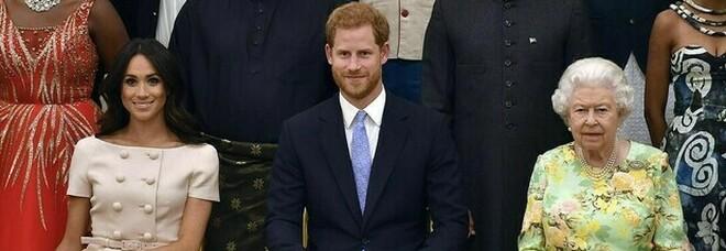 Meghan Markle e l'ultimo colpo basso di Harry alla Corona: «Non doveva oscurare la nonna Elisabetta»