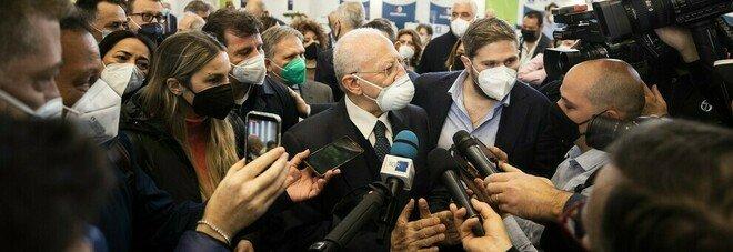 «Napoli covid free entro luglio», De Luca accelera col piano vaccini