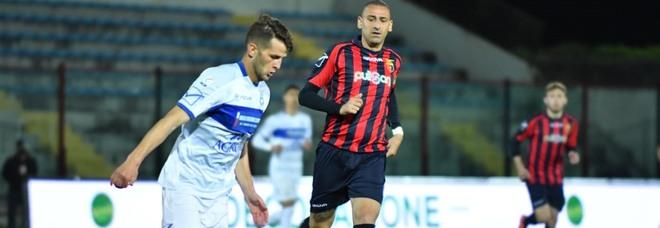 Casertana-Paganese finisce 1-1, pari e patta nel derby del Pinto