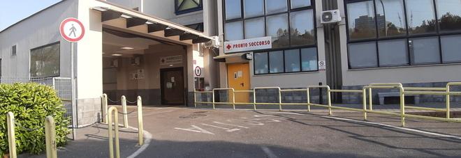 Covid a Pozzuoli, cinque morti in tre giorni: boom di contagiati nelle scuole