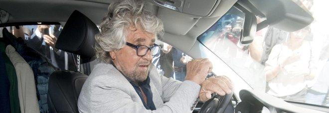 Primarie 5 stelle, Grillo esulta: «Partecipazione altissima, hacker respinti»