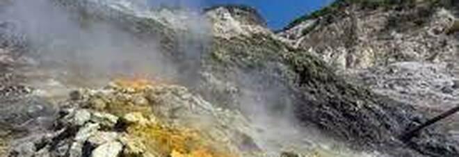 Campi Flegrei, un'altra scossa di terremoto nella zona della Solfatara