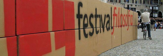 """Modena, da venerdì il primo """"Fuori Festival Filosofia"""": due giorni di mostre, musica e performance"""