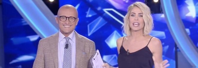 Grande Fratello Vip, Alfonso Signorini nuovo conduttore: Ilary Blasi lascia dopo tre anni