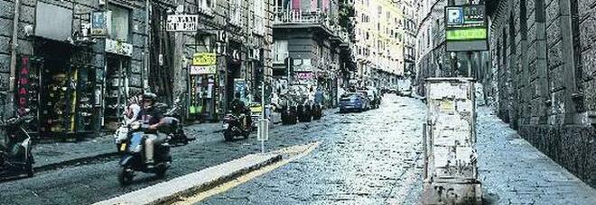 Multe pazze a Napoli, M5S contro il sindaco: «Automobilisti abbandonati»