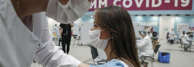 Green pass, vaccino a San Marino o in Russia: niente certificato agli italiani immunizzati all'estero