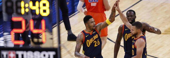 Nba, super Curry fa vincere i Warriors: Lakers a picco nel derby con i Clippers. I risultati
