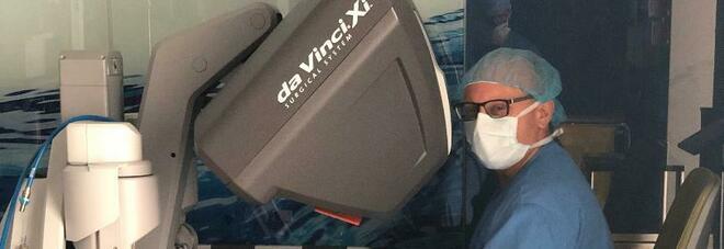 A Napoli raro intervento al pancreas con il robot da Vinci Xi