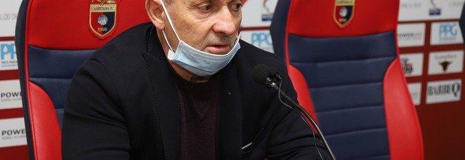 Casertana, ultras contro Martone: «Presidente D'Agostino, ora vai via tu»