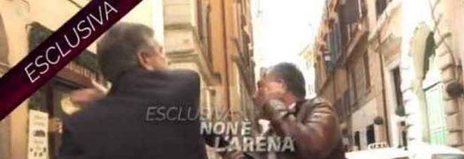 Schiaffeggiò l'inviato di Non è L'Arena: l'ex ministro Landolfi pagherà 5.000 euro di risarcimento