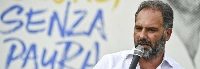 Comunali a Napoli e caos liste, Maresca: «Andiamo avanti, c'è chi vuol vincere facile con le carte bollate»