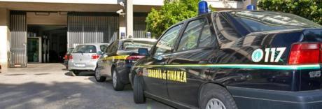 Sequestrato tir da Ungheria diretto a Napoli con 13mila giubbotti falsi