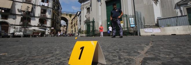 A Napoli è guerra tra clan, quattro stese in sette giorni: ma nessuno denuncia
