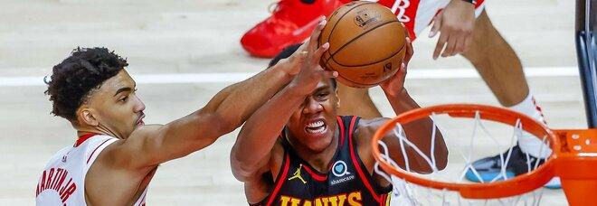 Nba, gli accoppiamenti di play-in e playoff: i Lakers trovano i Warriors. I risultati delle partite