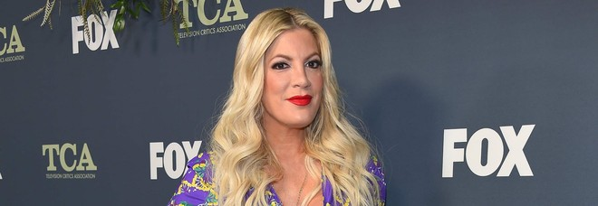 Tori Spelling, Donna di Beverly Hills 90210 rischia il carcere: ecco quanti debiti ha accumulato