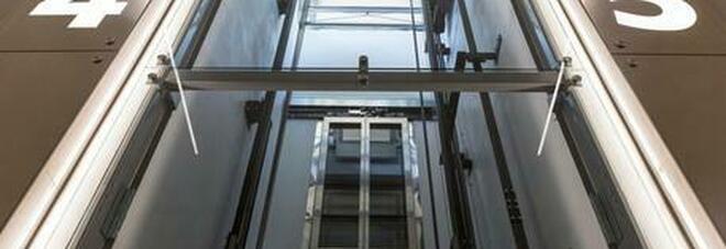 India: resti umani rinvenuti in un ascensore inutilizzato da 24 anni