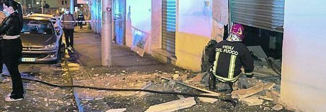 Colli Aminei, dopo le bombe i residenti ricorrono ai vigilantes