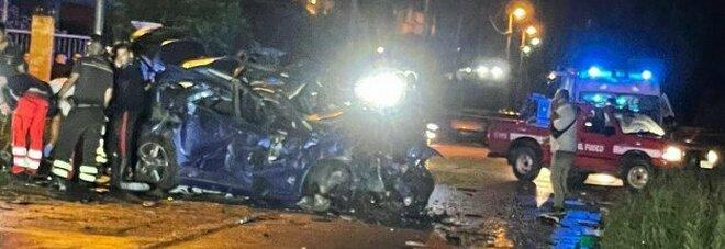 Isola Capo Rizzuto, incidente nella notte: morti due uomini di 28 e 46 anni