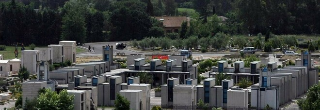 Il cimitero Flaminio, a Prima Porta