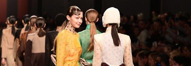 L'ultima collezione di Lagerfeld per Fendi: a Milano la prima sfilata senza di lui