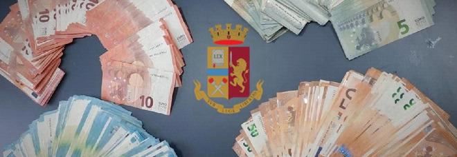 Napoli, non si ferma all'alt: scoperto con oltre 10mila euro in contanti