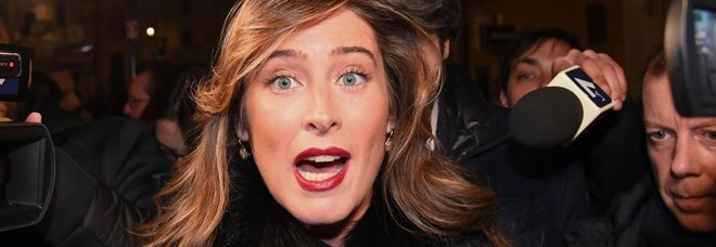 Maria Elena Boschi e Salvini, il saluto con bacio alla cena trasversale di Annalisa Chirico
