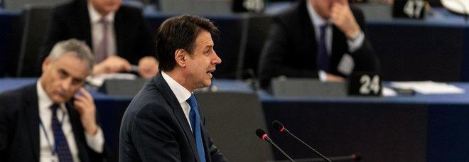 Giuseppe Conte in aula a Strasburgo