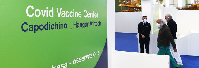 Dove si fanno i vaccini in Campania? Apre il nuovo hub di Capodichino: «Ottomila dosi al giorno»