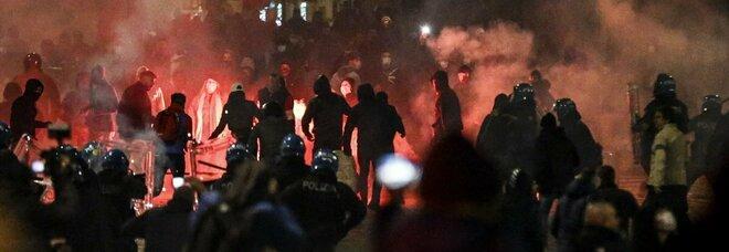 Coprifuoco Roma, disordini al corteo dell'estrema destra: indaga la Procura. Sette arresti e 13 fermi