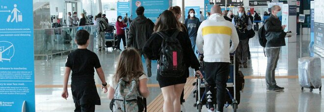 I turisti stranieri fuggono: Italia senza pass Covid-free