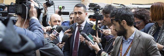 Di Maio: «Se serve io e Salvini pronti a stare fuori dal governo»