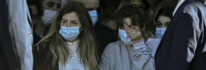 Maradona, i figli contro il padre: non pagano la tassa in favore dei poveri