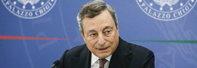 Draghi: «Aiutiamo cittadini e imprese nella trasformazione dell'economia»