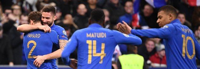 Francia e Inghilterra travolgenti, Portogallo-Serbia 1-1