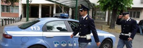 Napoli, cinque colpi di pistola contro il negozio di elettronica