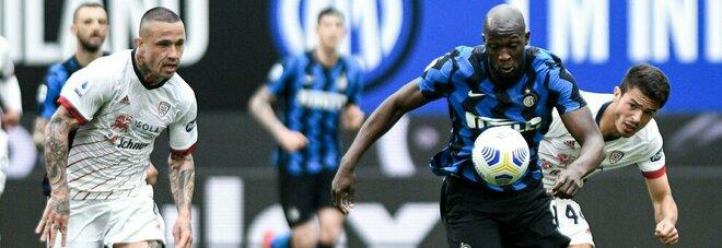 Napoli-Inter, Conte si affida alla Lula e alle parate di Handanovic