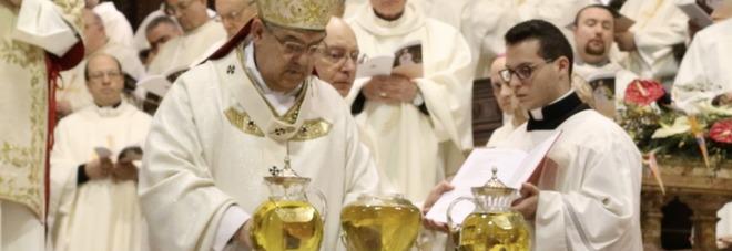 Messa del crisma al duomo il cardinale sepe siate santi for Il mattino di napoli cronaca