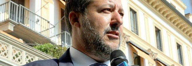 Napoli, Salvini e le elezioni comunali: «Qualcuno vuole eliminare l'avversario»