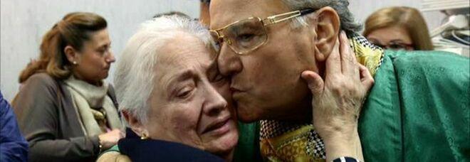 Covid a Napoli, focolaio alla Sonrisa: è morta la vedova del boss delle cerimonie