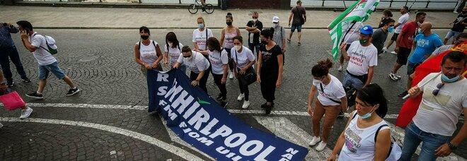 Whirlpool Napoli Est, vertice al ministero senza l'azienda: tavolo aggiornato al 14 luglio