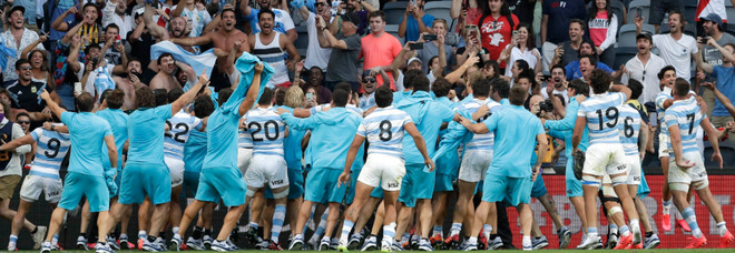 Rugby, All Blacks sbranati dai Pumas 25-15, l'Argentina non aveva mai battuto la Nuova Zelanda
