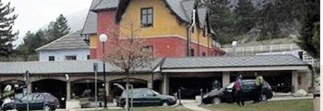 Gran Sasso, all'asta la prigione del Duce: la villetta situata ai piedi della funivia