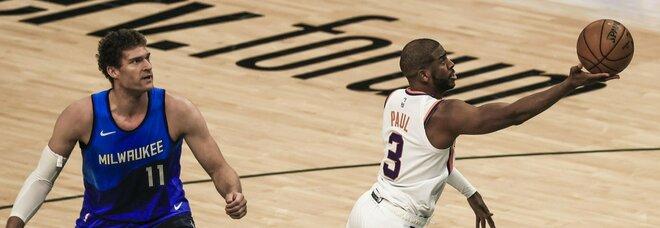 Nba, super Chris Paul regala la vittoria ai Suns: bene anche Clippers e Jazz