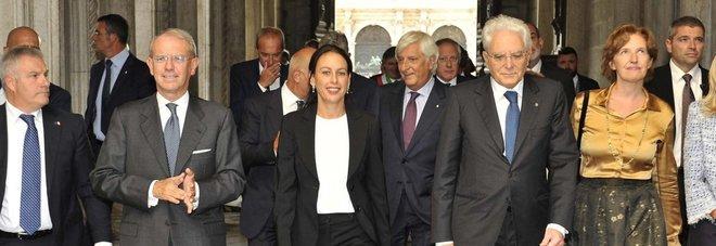 Il presidente della Repubblica Sergio Mattarella (a destra) e Azzurra Caltagirone, al fianco il direttore del Gazzettino Roberto Papetti