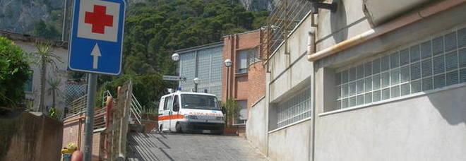 Emergenza sanità a Capri, i sindaci scrivono De Luca: «Basta inerzia e strafottenza»