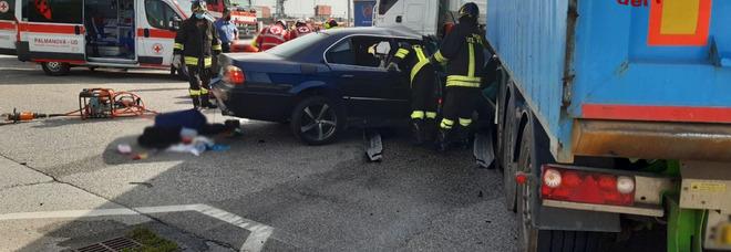 La BMW incidentata a San Giorgio di Nogaro