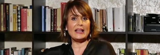 Covid, l'immunologa Antonella Viola avverte: «Serve subito un lockdown a Milano e Napoli»