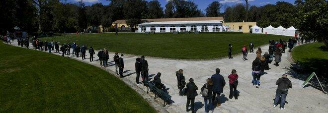 Vaccini Campania a 70mila caregiver ma aumentano di molto le rinunce