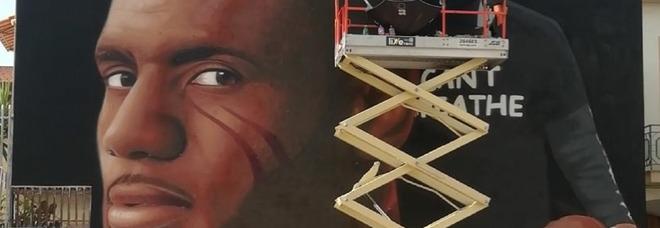 LeBron a Casapulla, l'ultimo lavoro di Jorit: sulla maglia il grido «I can't breathe»